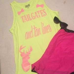 "Tops - ""Tailgates and Tan lines"" tank lol with bows"